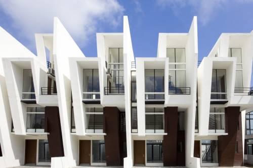 Sofia Townhomes (DMCI Homes)