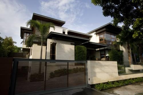 Slit House